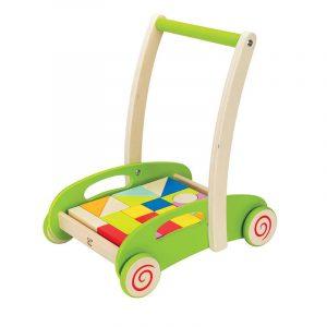 Chariot de marche avec cubes en bois